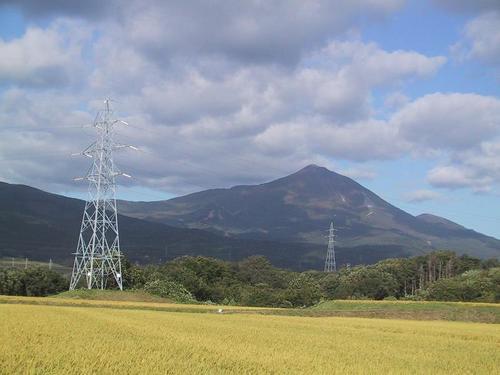 磐梯山を望む