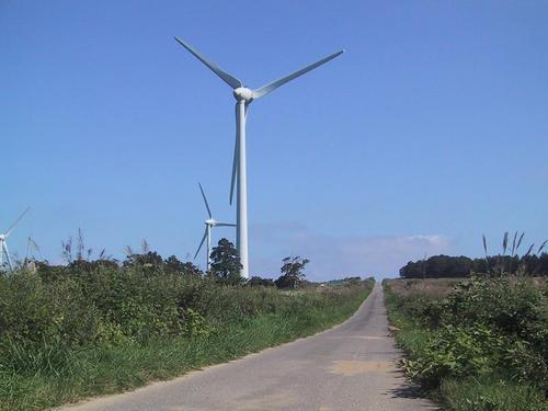 布引高原風力発電の風車2