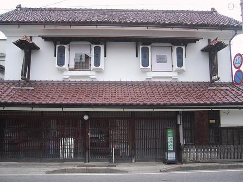 神禧堂薬館