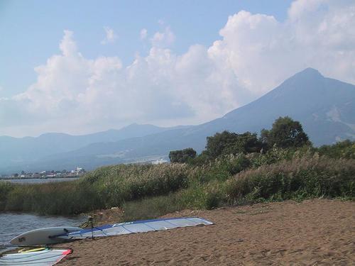 青浜より磐梯山を望む